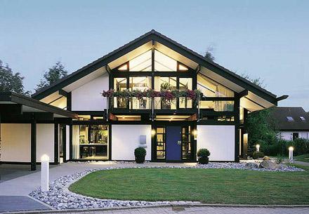 Stupendous Prefabricated Homes Are They Efficient Idea Associates Home Interior And Landscaping Spoatsignezvosmurscom
